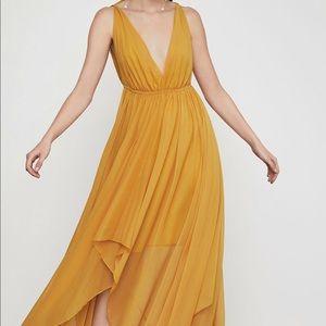 BCBGMAXAZRIA Draped Chiffon Maxi Dress - size 6